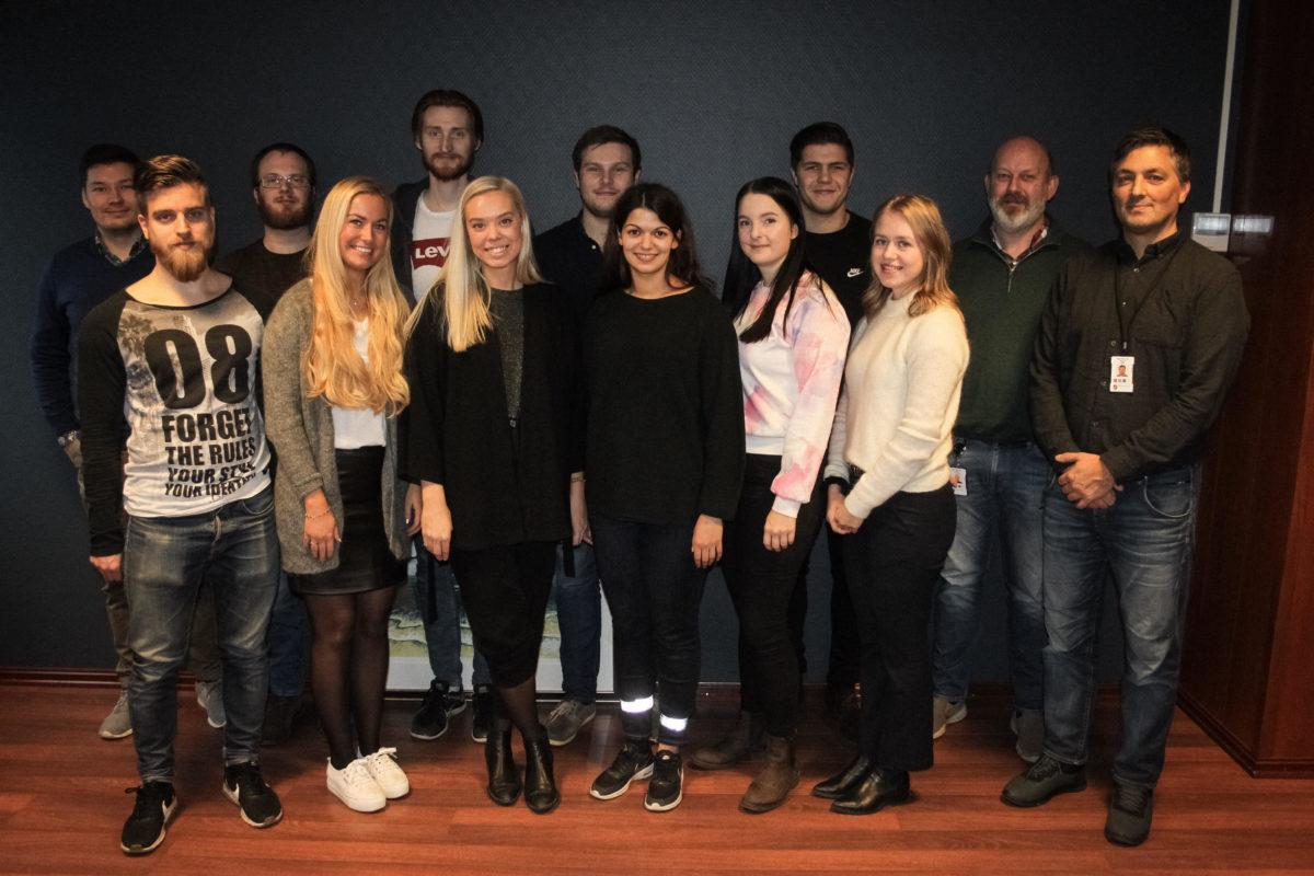 Kull 12 og 13 på besøk hos Bodø Havn.